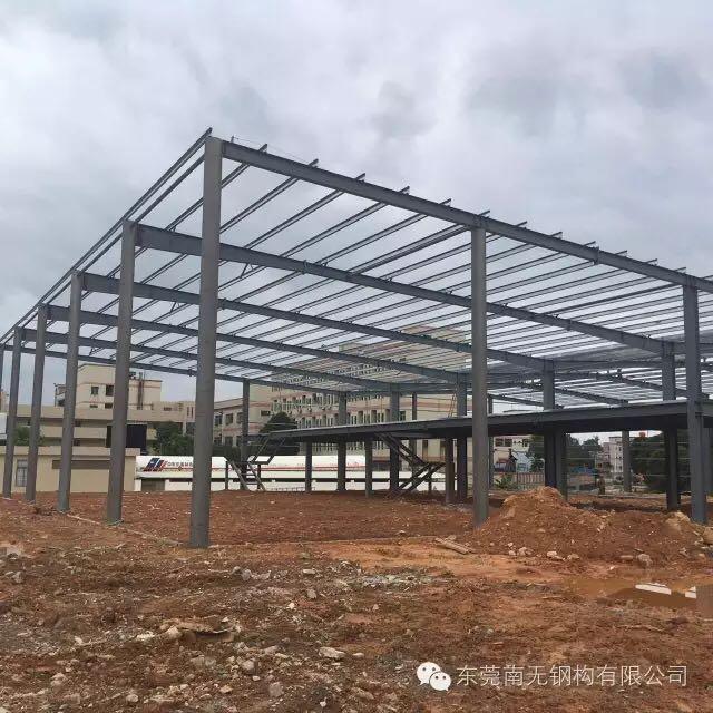 来自何光胜发布的公司动态信息:该4S展厅工程地点位于常平,前为展厅部分... - 东莞南无钢构有限公司