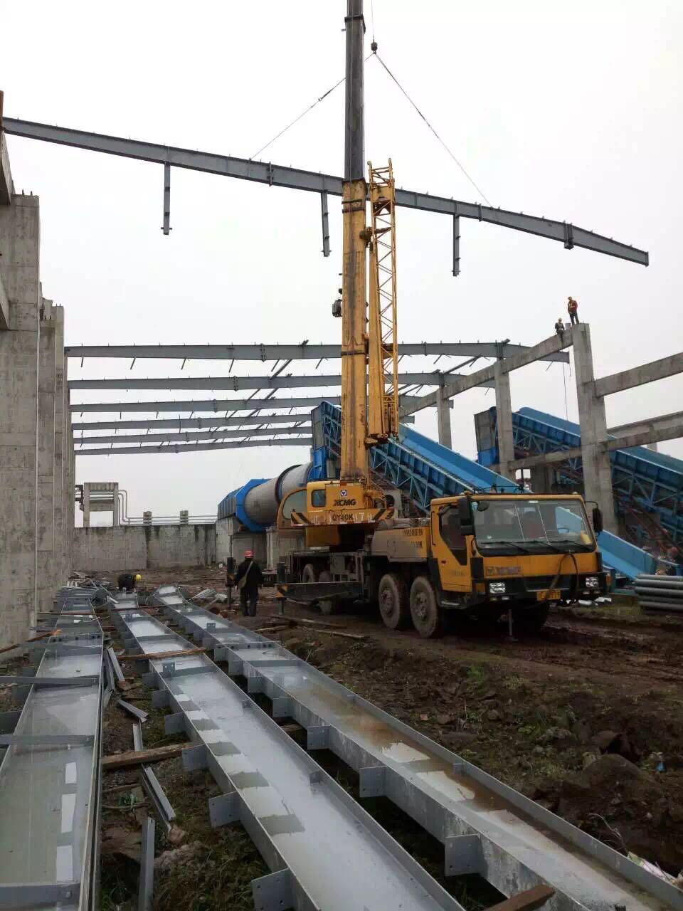 来自何光胜发布的公司动态信息:50米跨有中柱钢结构屋面 有砼中柱钢结... - 东莞南无钢构有限公司