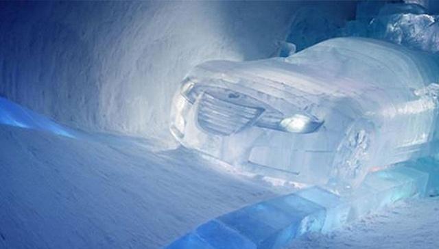 [界面新闻]千万别用热水浇 冬季汽车除冰3大误区