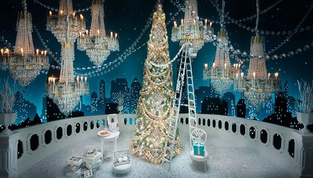 [界面新闻]拥有60多年圣诞橱窗传统的Tiffany 今年依旧梦幻华丽