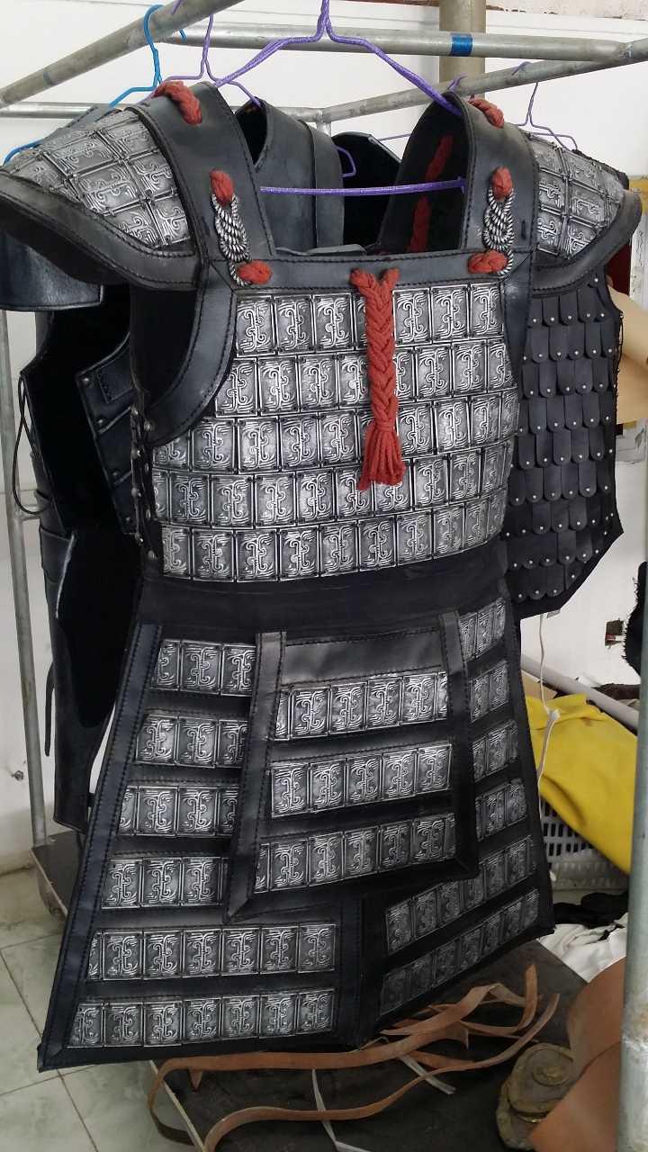 来自张**发布的供应信息:... - 天津市宝远影视服装鞋帽有限公司